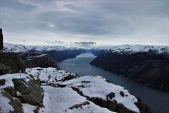 Lysefjorden看法从讲坛岩石的 库存照片