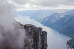 Lysefjorden鸟瞰图从山谢拉格山的,在Forsand自治市在罗加兰县,挪威 图库摄影