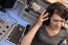 lyssna som är live Fotografering för Bildbyråer