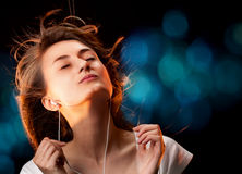 Lyssna till musiken Fotografering för Bildbyråer