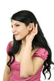 lyssnande kvinna dig Arkivfoto