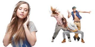 Lyssnande musik för ung kvinna och grupp av dansare på bakgrund Arkivfoto