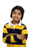 lyssnande musik för unge till royaltyfri foto