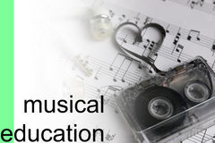 Lyssnar bakgrund för kursmusikanmärkningar Royaltyfria Foton