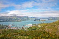 Lyttelton hamn nära Christchurch, Canterbury, Nya Zeeland Fotografering för Bildbyråer