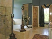 lyx för 2 badrum Fotografering för Bildbyråer