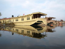 lyx för dal-houseboatkashmir lake royaltyfria foton