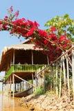 Lyx- hotell på Inle sjön, Myanmar royaltyfria foton