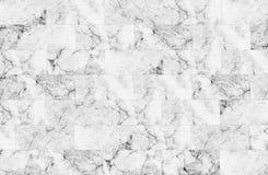 Lyxen av vita marmortegelplattor textur och bakgrund Arkivbild