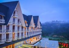 Lyxig bergsemesterort i Dalat, Vietnam Fotografering för Bildbyråer