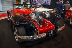 Lyxig bil Mercedes-Benz 500 Cabrio Kopia, 1934 Arkivfoto
