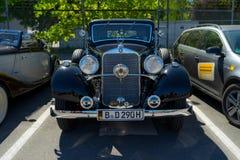Lyxig bil Mercedes-Benz Typ 290 W18, 1933 Royaltyfri Bild