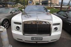 Lyxig bil Rolls Royce, Monte-Carlo Casino, Monaco Arkivfoto