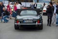 Lyxig bilDaimler dubblett-Sex (Jaguar XJ) Arkivbilder