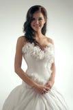 Lyxig brud i form-montering klänning Royaltyfria Foton
