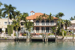 Lyxig herrgård på stjärnaön i Miami Arkivfoto