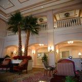 Lyxig hotelllobby Fotografering för Bildbyråer