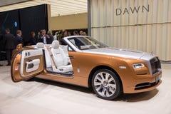 Lyxig konvertibel bil för Rolls Royce gryning Arkivbilder