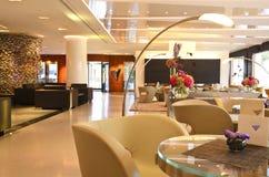 Lyxig lobby royaltyfri bild