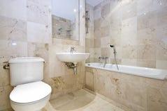 lyxig marmor för badrum Arkivbild