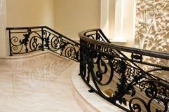 lyxig marmortrappa arkivbilder
