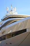 Lyxig mega-yacht Arkivfoto