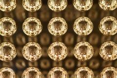 Lyxig modegarnering för guld- bollar Guld- sfärbakgrund Royaltyfria Foton