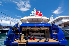 Lyxig motor-yacht royaltyfri fotografi
