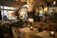 Lyxig restaurang Royaltyfria Bilder