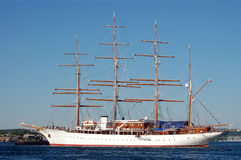 lyxig seglingyacht Arkivfoto