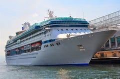 lyxig ship för kryssning Fotografering för Bildbyråer