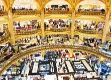 Lyxig shoppinggalleria, Paris Fotografering för Bildbyråer