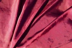Lyxig torkduk för abstrakt bakgrund eller vätskekrabba veck för våg eller av för textursatäng för grunge siden- material för samm Royaltyfri Fotografi