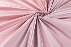 Lyxig torkduk för rosa bakgrund eller krabba veck av för textursatäng för grunge siden- sammet Arkivbilder