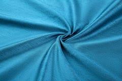 Lyxig torkduk för turkosbakgrund eller krabba veck av siden- textursatäng för grunge Royaltyfri Bild
