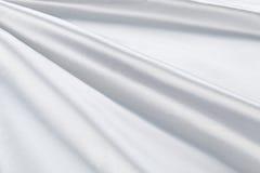 Lyxig torkduk för vit bakgrund eller krabba veck av för textursatäng för grunge siden- sammet Royaltyfri Foto