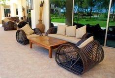 lyxig utomhus- semesterort för furnitures royaltyfri fotografi