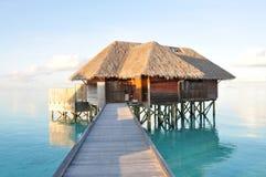 Lyxig vattenvilla, Maldiverna Arkivbild