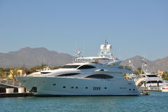 lyxig yacht för caboslos Arkivbilder