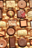 Lyxiga choklader i ask Fotografering för Bildbyråer