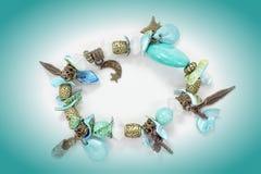 Lyxiga smycken med stenar Smycken för kvinna` s Royaltyfri Fotografi