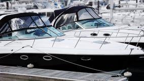 lyxiga speedboats Arkivfoton