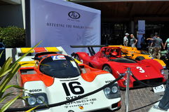 Lyxiga sportbilar på RMEN auktionerar bort i Monterey Arkivbild