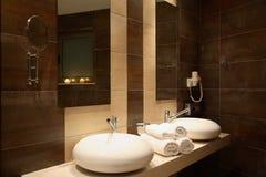 Lyxigt badrum Royaltyfri Bild