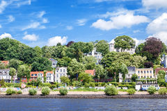 Lyxigt bostads- område Hamburg Blankenese Arkivfoton