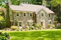 Lyxigt familjhus i förorter av Philadelphia Royaltyfri Foto