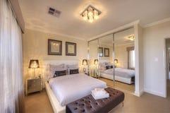 Lyxigt Home sovrum Fotografering för Bildbyråer