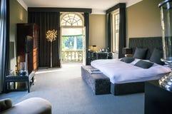 Lyxigt hotellrum Arkivfoto