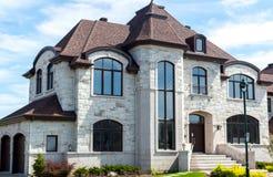 Lyxigt hus i Montreal arkivfoton