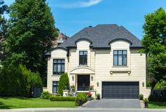 Lyxigt hus i Montreal, Kanada Arkivbild